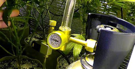 growing marijuana tips  regulators  grow rooms
