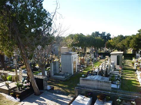 di sassri cimitero comunale di sassari