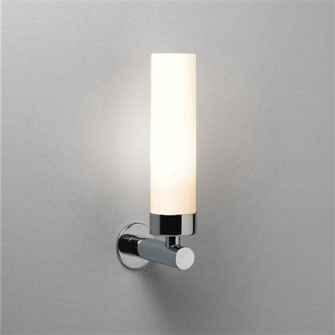Bathroom Led Wall Lights 0943 Led Bathroom Wall Light The Lighting Superstore