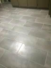 12 in x 24 in coastal grey resilient vinyl tile flooring 30 sq ft case tile sticks