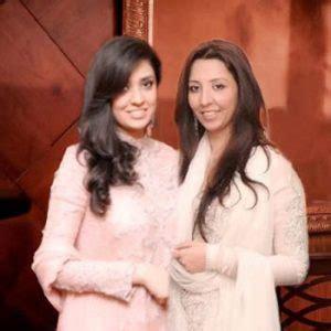 Khadeeja Dress aisha khadeeja fashion designer aisha khadeeja