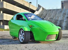 new three wheeled car elio motors unveils three wheeled 84 mpg car that costs