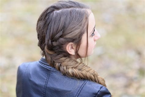 katniss hairstyle katniss mockingjay braid hunger games hairstyles cute