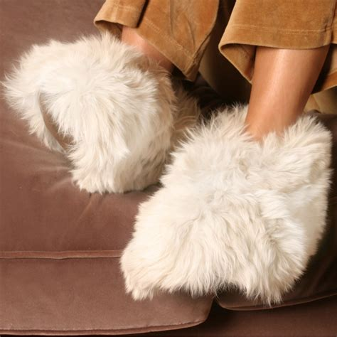 white slippers luxurious alpaca fur slippers the most luxury fur slippers