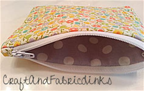 free pattern for zippered coin purse free coin purse sewing pattern with zipper closure