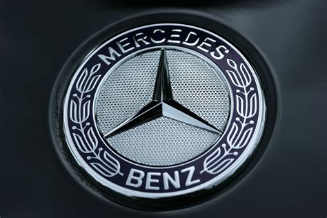logo mercedes benz 2017 top best mercedes benz car logo and symbol 4k hd wallpapers