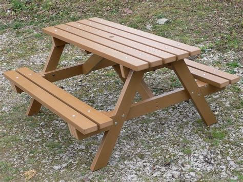 plastic picnic bench recycled plastic traditional picnic picnic table garden table