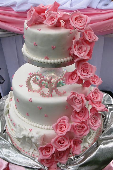 Wedding Cake Roses by Sugarcraft By Soni Three Tier Wedding Cake Roses