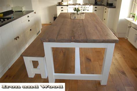 eettafel hout wit onderstel kloostertafel tafel van grenenhout met wit onderstel
