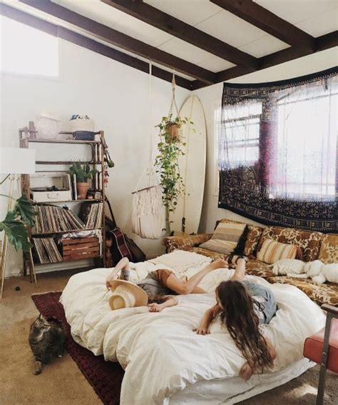 young woman bedroom best 25 young woman bedroom ideas on pinterest small