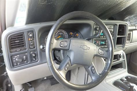 2004 Chevy Tahoe Z71 Interior by 2004 Chevrolet Tahoe Interior Pictures Cargurus