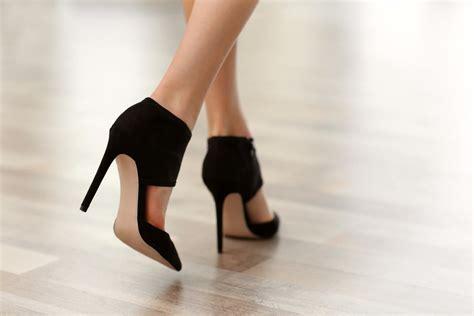 con tacones y a 8416489491 c 243 mo quitar el mal olor de los zapatos trucosymanualidades com