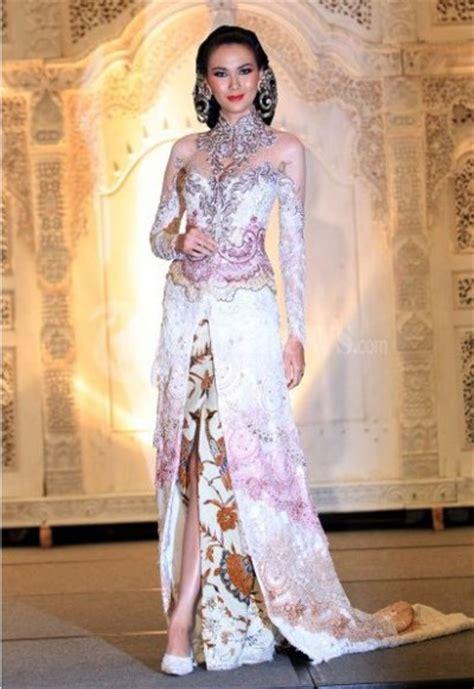 model kebaya brokat modern indonesian fashion kebaya