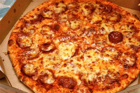domino pizza new york crust domino s pizza camemberu