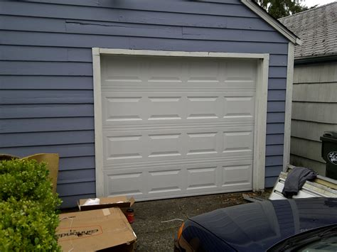 Small Overhead Doors Small Roll Up Garage Doors Benefits Of Residential Roll Up Garage Doors Home Interiors 10