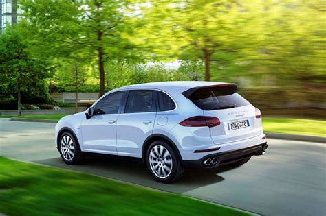 porsche cayenne 2016 colors 2016 porsche cayenne turbo suv wallpapers hd cnynewcars