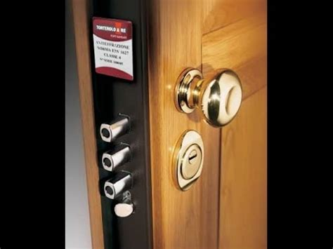 secure door     front door  secure