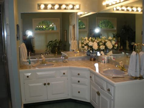 Master Bathroom Mirror Ideas - bahtroom modern l shaped bathroom vanity to set in gorgeous modern room l shaped vanities l