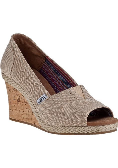 toms calypso wedge amery fabric in lyst