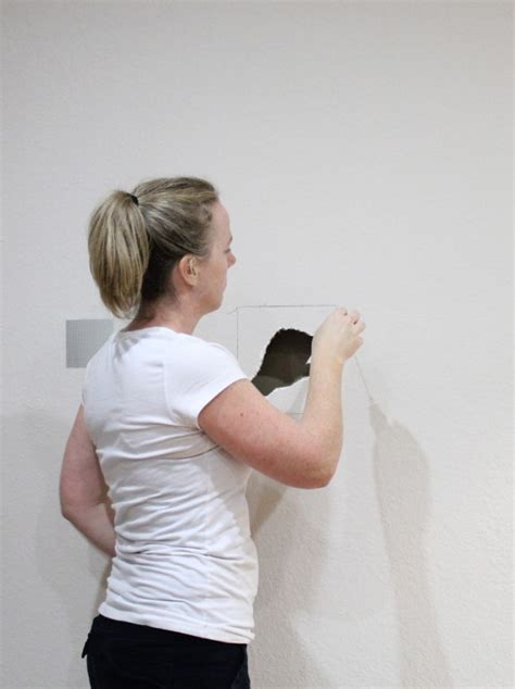 Cutting Patch The Only how to patch drywall sawdust 174
