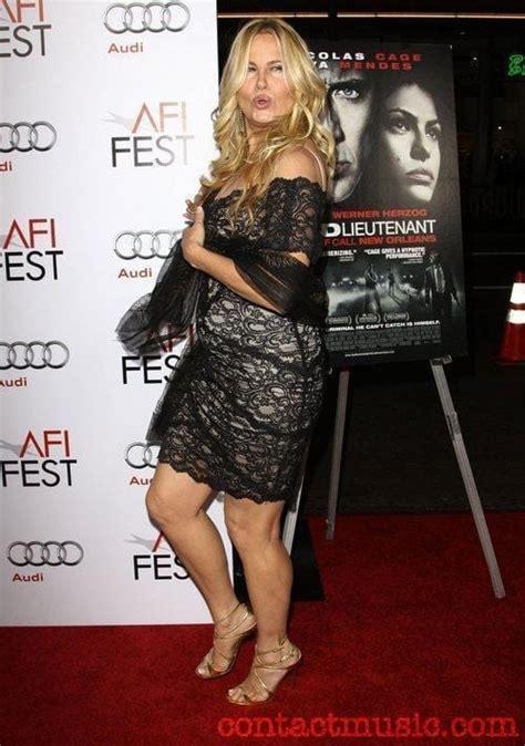 jennifer cbell actress seinfeld jennifer coolidge sexy celebrity legs sexy celebrity