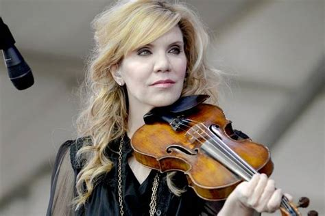 Alison Paces Next Book And What Shes Now Shes Finished It by How The Cox Family Added An Honorary Member Alison Krauss