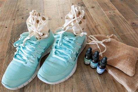 diy running shoes diy shoe pourri made in 2 ways shoe pourri
