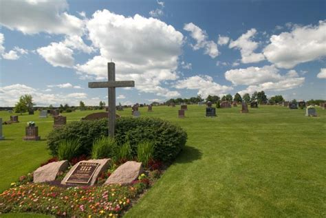 highland funeral home cemetery opening hours
