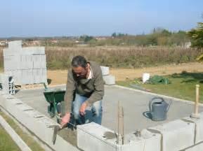 construction de mon abri de jardin 187 d 233 but de pose de parpaing