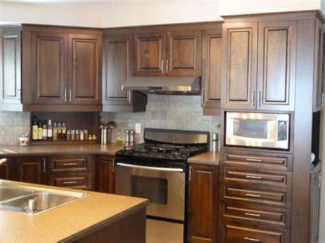 teindre armoire de cuisine restauration de meubles yvon dumont services