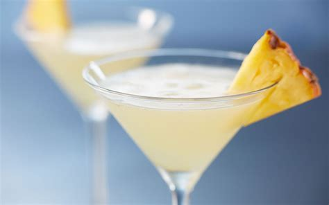 martini pineapple crafted martinis at bonefish grill