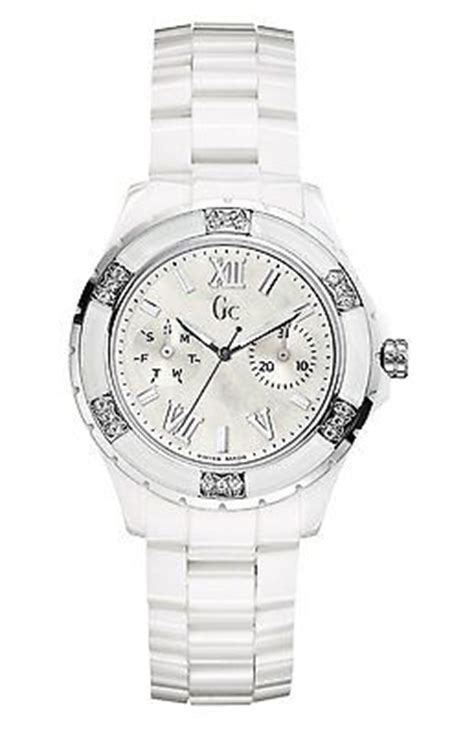 Guess Collection Gc Sport Class Ceramic X69105l1s guess collection gc sport class xl s glam ceramic