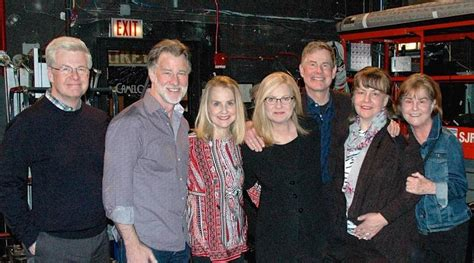 bonnie hunt sister a closer look into the family life of actress bonnie hunt