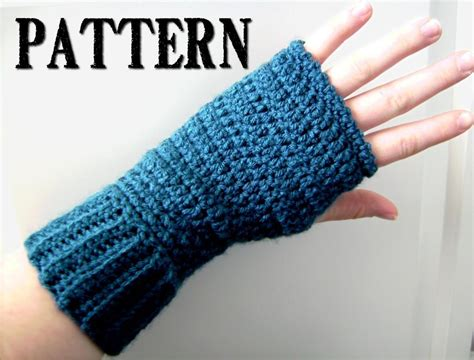 crochet fingerless gloves pattern by homespunh craftsy