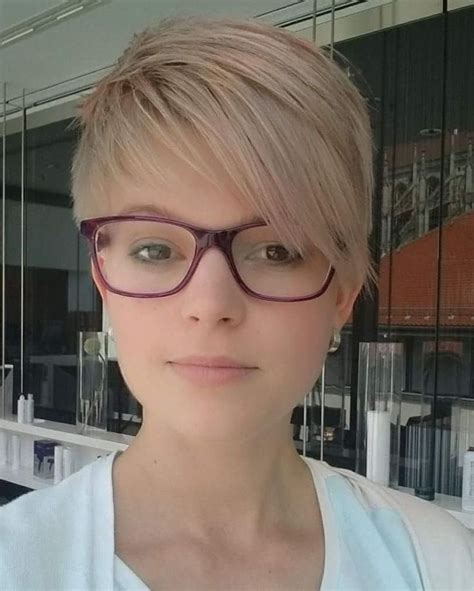 2015 pixie cuts short with glasses 891 best short and sassy haircuts images on pinterest