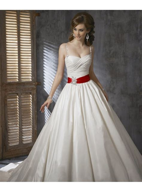 imagenes de vestidos de novia con detalles rojos queusar com febrero 2015
