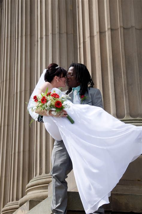 Quality Wedding Photographer by Cheap Wedding Photographers Quality Photography