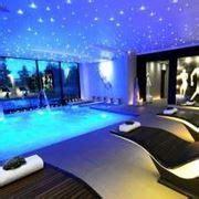 piscine da interno docce da esterno accessori piscine caratteristiche