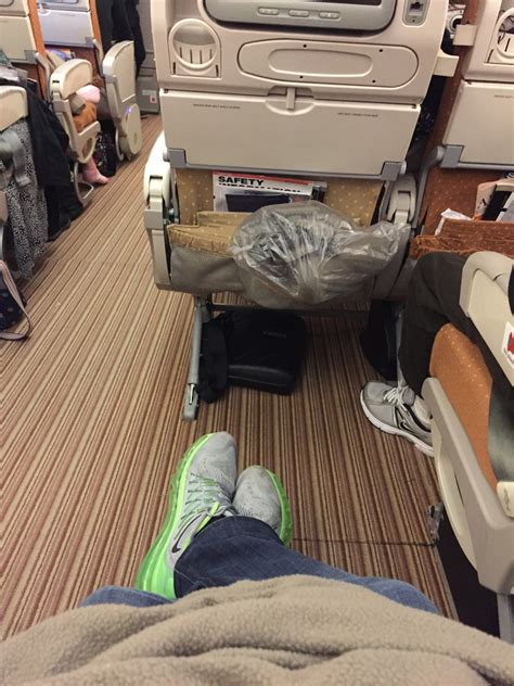 singapore airlines legroom seats how to make economy class enjoyable palo will travel