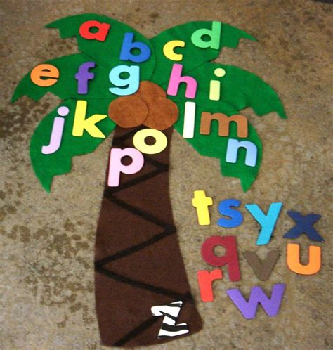 felt board stories 98 best images about chicka chicka boom boom preschool