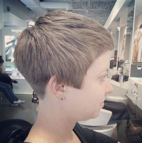 cool pixie haircuts for thick hair trendy hairstyles 32 stylish pixie haircuts for short hair popular haircuts