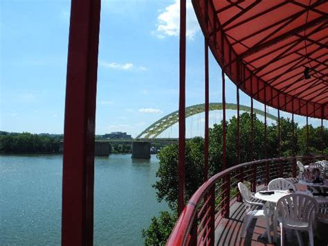Montgomery Inn Boat House Cincinnati Oh by Great View From Outside Patio Picture Of Montgomery Inn At The Boathouse Cincinnati Tripadvisor
