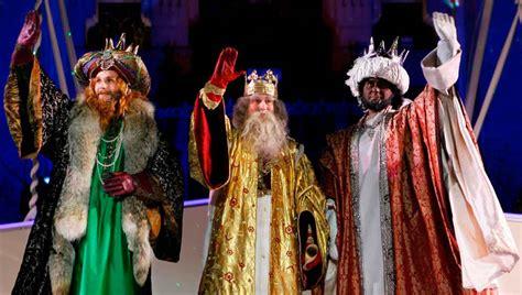 imagenes de los reyes magos vida real llegada de ss mm los reyes magos vive teruel
