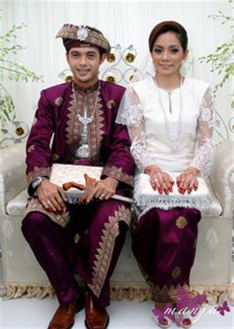 Material Kain Baju Nikah Lelaki hantaran dari pengantin perempuan