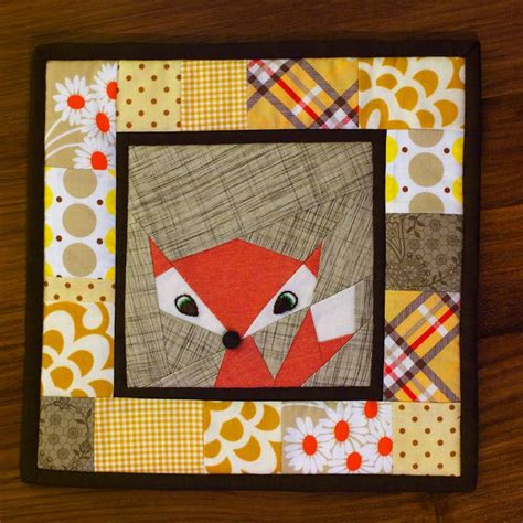 Patchwork Potholder Pattern - potholders foxes and patchwork on