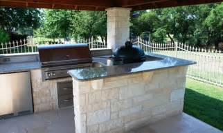 outdoor kitchen designs dallas 14 best ideas about custom built patio areas on pinterest