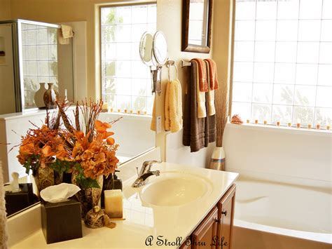 Fall Bathroom Decor by Easy Fall Decorating Ideas