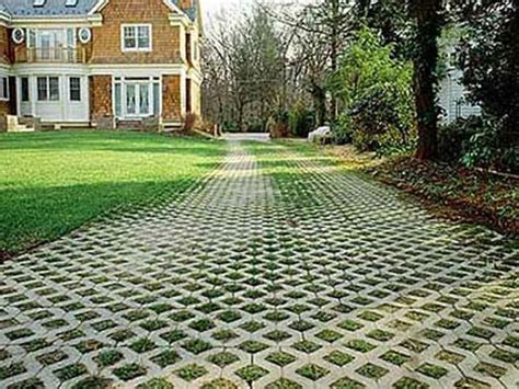 Patio Pavers On Grass 36 Best Images About Grass Driveway On