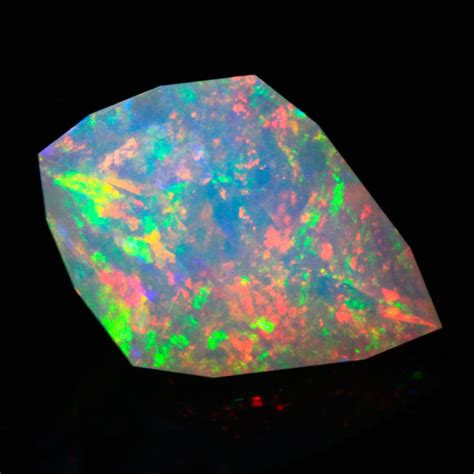 gem quality faceted welo opal 5 40 carats