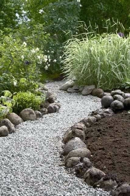 do you put landscape fabric under mulch beatiful landscape